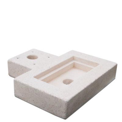 Base in cemento per fontana in metallo