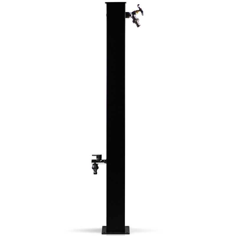 Fontana in metallo moderna con doppio rubinetto
