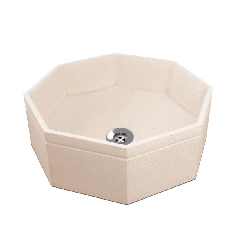 Vaschetta ottagonale in cemento colorato. La vaschetta B-Octo viene fornita con piletta in ottone cromato.